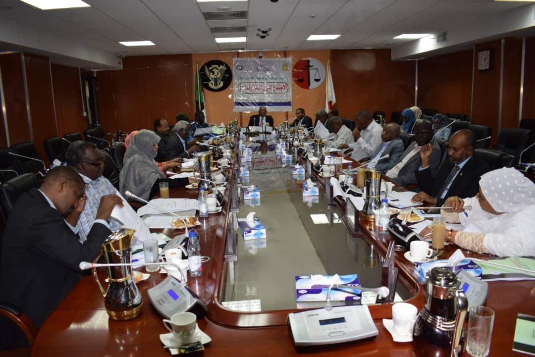 اللجنة الوطنية لمكافحة الإتجار بالبشر تعقد إجتماعها الدورى