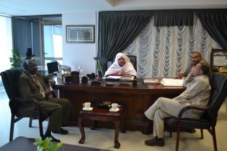 وزيرالدولة بالعدل تلتقى بمنتجين من ولايتى النيل الأزرق وجنوب كردفان