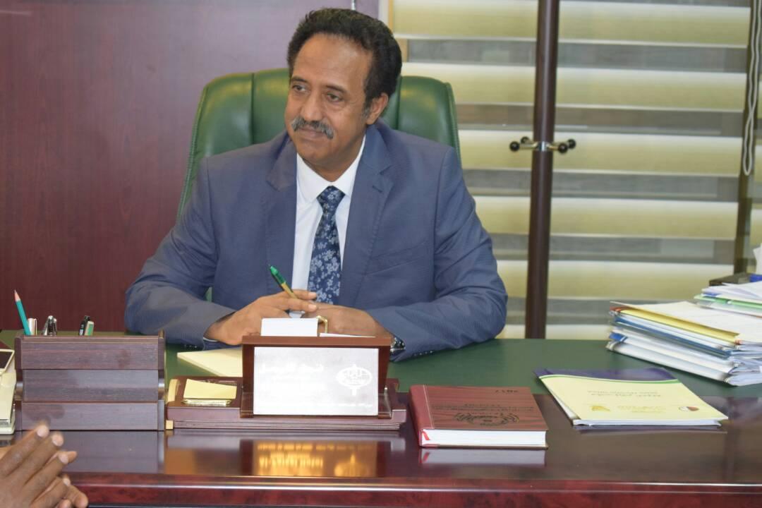 د. إدريس إبراهيم جميل وزير العدل يعود من  العاصمة الاثيوبية أديس أبابا