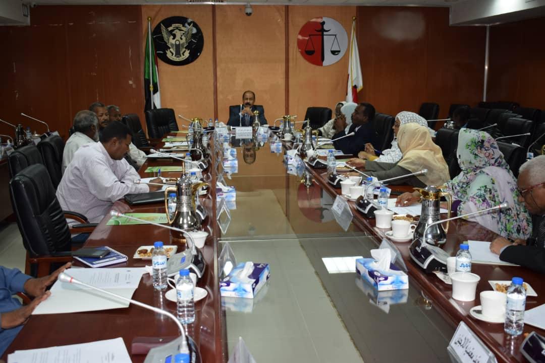 حميده: يتراس الاجتماع الدوري للمجلس الاستشاري لحقوق الانسان