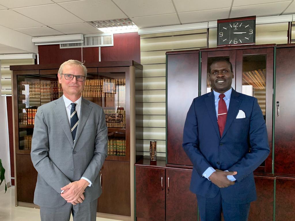 وزير العدل يلتقي المبعوث النرويجي الخاص للسودان وجنوب السودان
