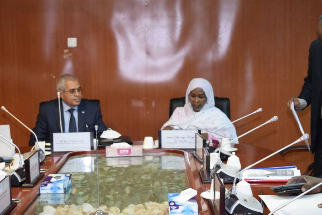 رئيس اللجنة الوطنية لمكافحة غسل الأموال  تلتقي برئيس مجلس أمناء وحدة مكافحة غسل الأموال بمصر