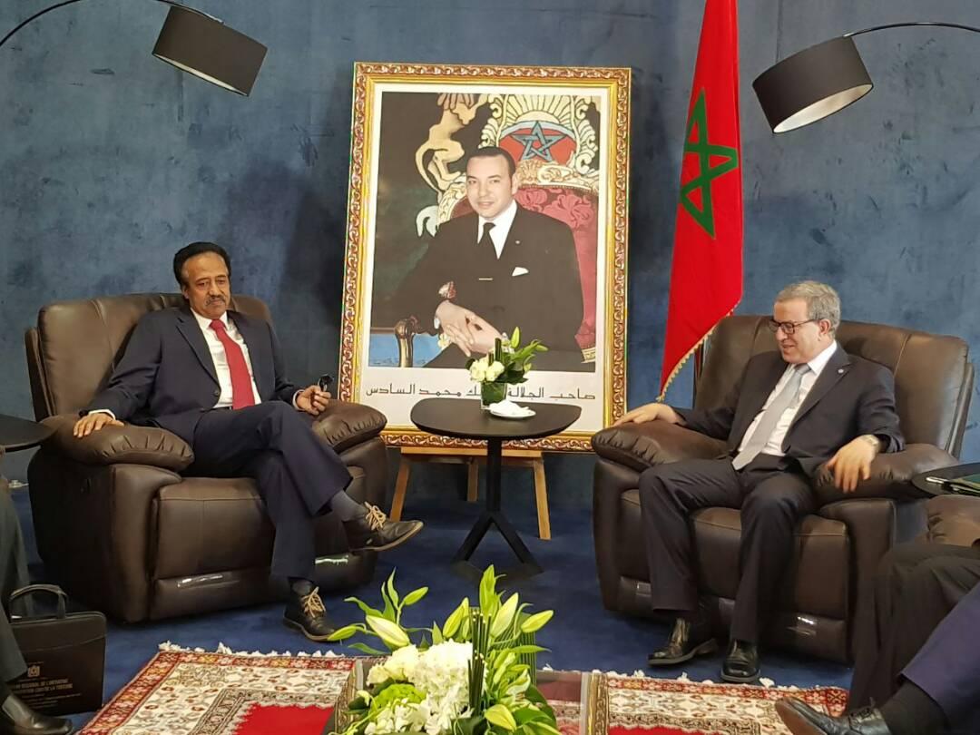 وزير العدل يلتقي بوزير العدل المغربى