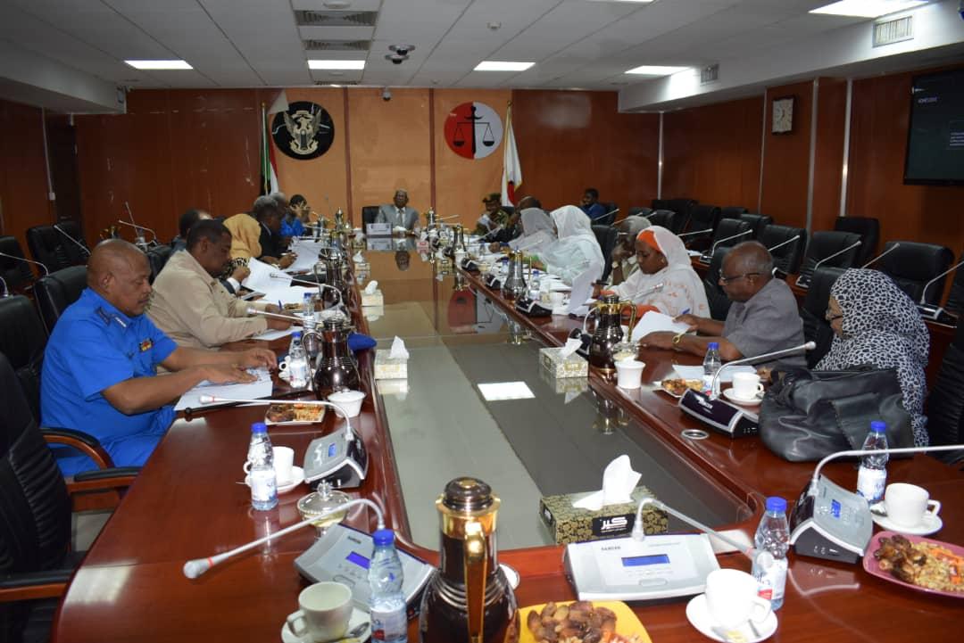 اللجنة الوطنية لمكافحة الإتجار تعقد إجتماعها الدوري