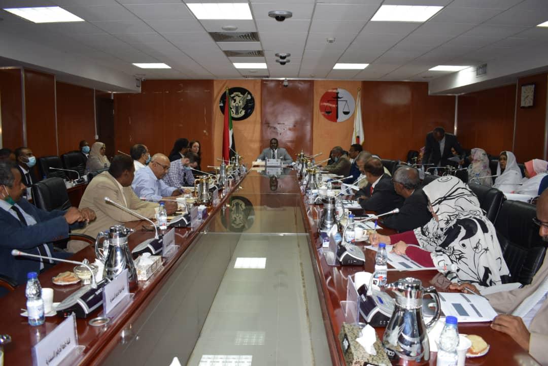 مشروع تقييم احتياجات وزارة العدل في الموارد البشرية