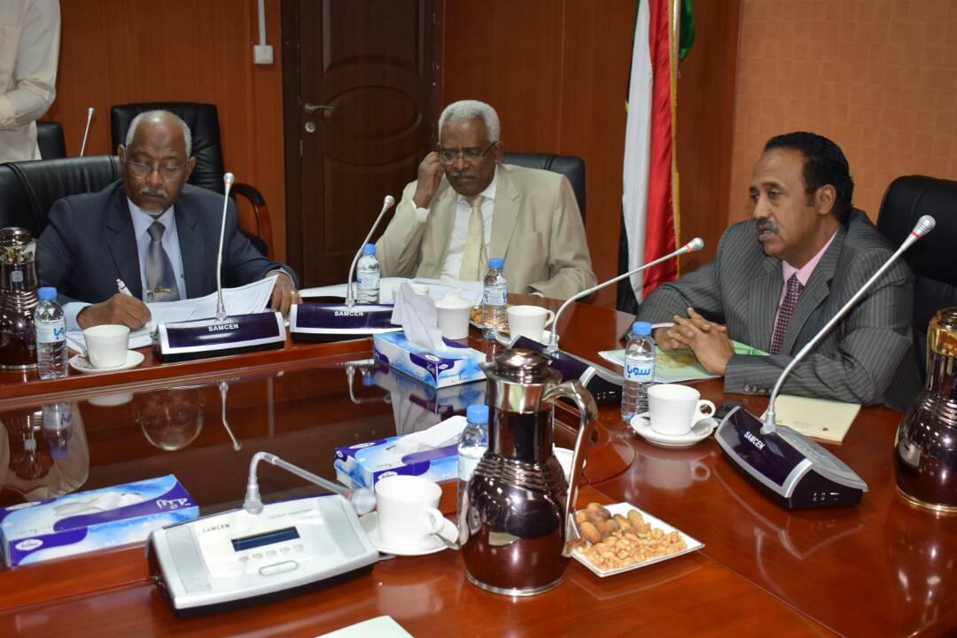 وزير العدل يتراس اجتماع المجلس الاستشاري لحقوق الإنسان