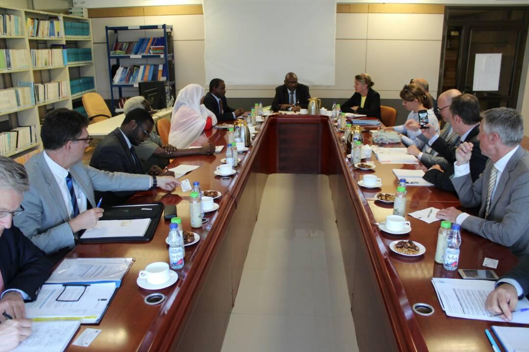 المجلس الإستشارى لحقوق الإنسان يلتقي وفد هولندي