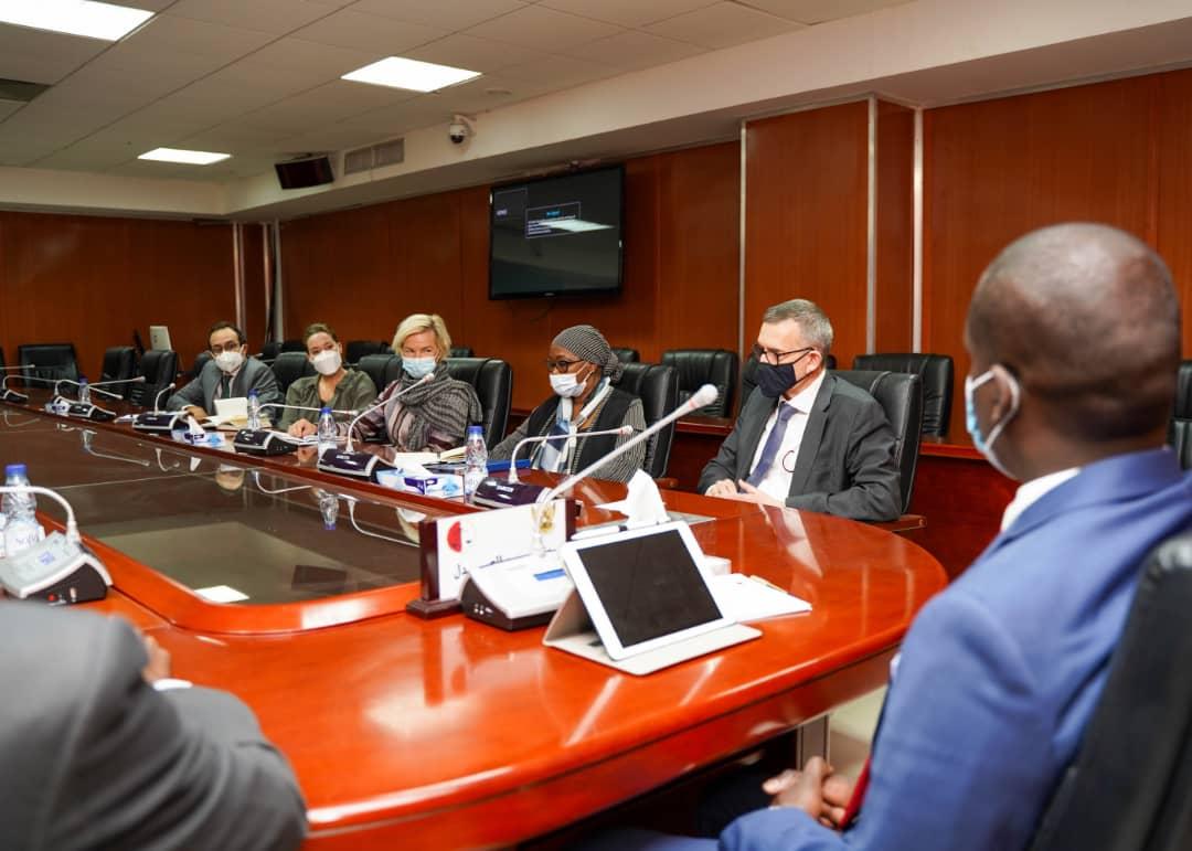 اجتماع وزير العدل مع رئيس بعثة اليونيتامس