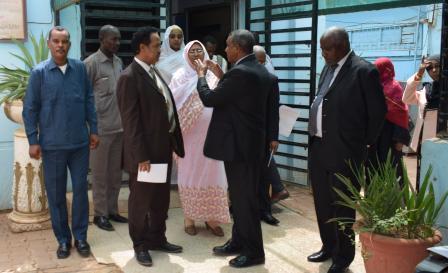 في زيارته لمقر المسجل التجاري ,وزير العدل يوجه بتحسين بيئة