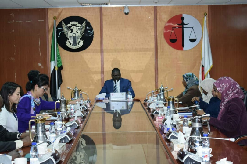 وزير العدل يلتقي وفد منظمة التجارة العالمية